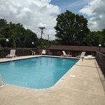 Photo of Econo Lodge North
