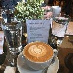 Foto de Carriage House Cafe