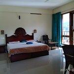 Spacious Room - Top floor corner room