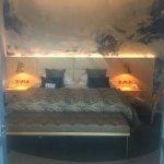ROOM 212 - deluxe master suite