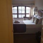 Zdjęcie Fownes Hotel