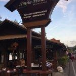 Smile House Restaurant Foto