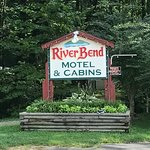 Riverbend Motel & Cabins