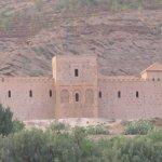 Mosquée austère du 12eme siècle..