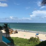 Foto de Doubletree Resort & Spa by Hilton Ocean Point - North Miami Beach