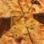 Garlic cheese appetiser