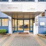 Photo de Novum Hotel Mariella Airport