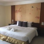 Suite Room with extra large bed
