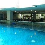 kolam renang dewasa