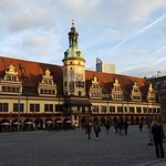 Leipziger Markt mit dem Rathaus