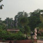 Good view of the Park including Nehru statue.