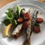 Grilled sardines with chorizo