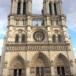 Photo de Les Degres de Notre Dame