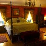 Azalea suite master bedroom.