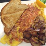 Delicious Bacon and Cheddar Omelette