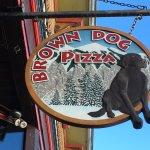 Foto de Brown Dog Pizza