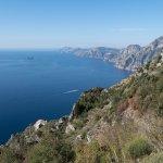 Vue sur la presqu'île de Sorrento et Capri