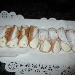 The cannolis for dessert.