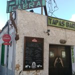 Foto de Pincha Cabra Tapas Bar