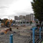 市役所隣のビル解体工事現場