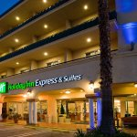 Foto de Holiday Inn Express Hotel & Suites Pasadena Colorado Blvd.