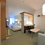 Queen/Queen Suite Living Area