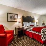 Photo of Evangeline Downs Hotel