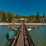 阿斯頓湖區海灘渡假村