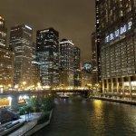 Photo de Kimpton Hotel Monaco Chicago