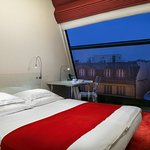 Superior room with Narodni trida view