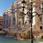 Trevi Fountain - 100 m from hotel