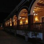 paseo y terrazas del hotel