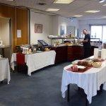 Salle du petit-déjeuner avec Buffet
