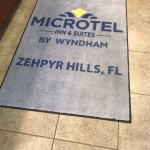 Photo de Microtel Inn & Suites by Wyndham Zephyrhills