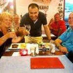 Tijdens een diner bij Corner Restaurant in Kas en Toasten met Kadir!