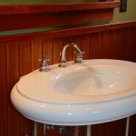 Detail of retro sink in large Bungalows / 2 separate bedrooms