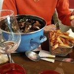 Cocotte de moules et ses frites maison
