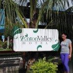 Photo de Anton Valley Hotel