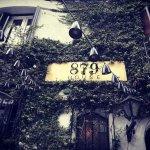 Foto van 879 House