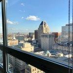 Photo de Embassy Suites by Hilton Baltimore Inner Harbor
