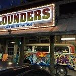 Flounder's front entrance