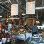 La Grande Orange Grocery照片