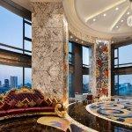 Hotel Lobby (287576181)