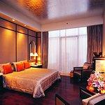 Virginia Suite Bedroom