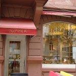 Chez Patrick, ein angenehmes kleines Café in der Nähe der Orangerie, Platz Arnold in Straßburg