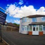 Shepiston Lodge Heathrow Photo
