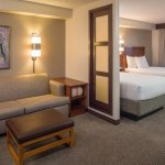 All-suite hotel with separate living area in guest rooms