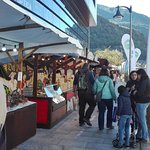 Feria anual Octubre,en toda la parte del rio Valira i la pLaza.