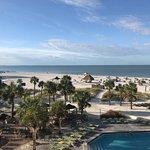 Sirata Beach Resort resmi