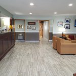 Baymont Inn & Suites Grand Haven Foto